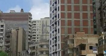 مخاوف من بناء عمارة مخالفة بالإسكندرية «بلغت 18 دور حتى الأن» (صورة)