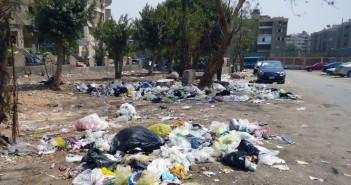 «مساكن الشروق» بمدينة نصر من حديقة لمقلب قمامة وسط استياء من الأهالي (صور)