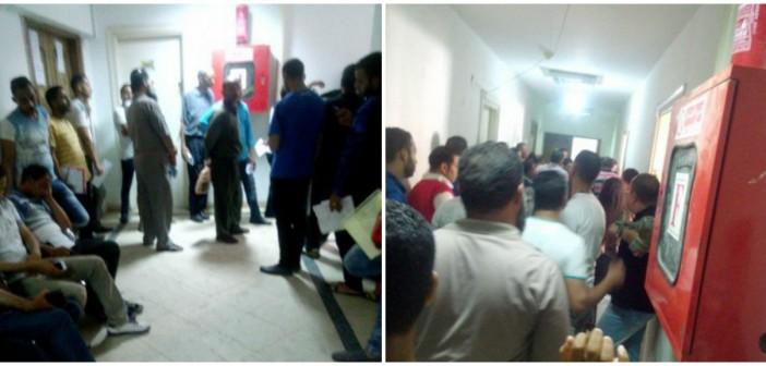 مواطن يدون تجربته مع الزحام وموظفي القوى العاملة بالإسكندرية (صور)
