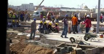 عمال في السعودية أرشيفية