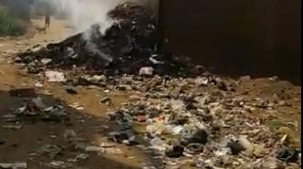 القمامة تحاصر «منية سمنود» ..والأهالي: «اتخنقنا» (صور)
