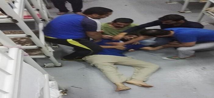 صور.. إغماءات بين محتجزين مصريين بالسعودية في اليوم الثالث لإضرابهم عن الطعام