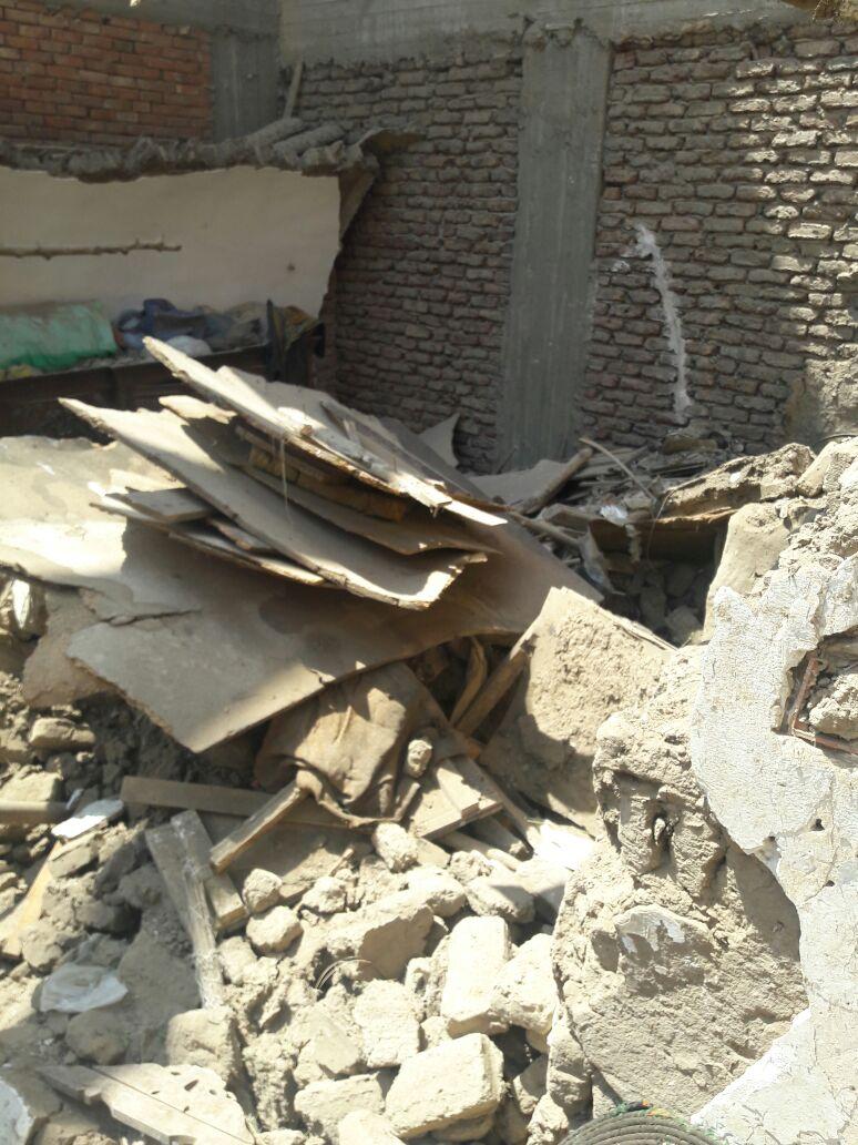 شاهد عيان: انهيار منزل في أسوان دون خسائر في الأرواح (صور)