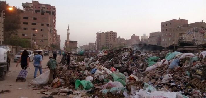 تفاقم أزمة القمامة بشوارع الخصوص.. وانتقادات لغياب المسؤولين (صور)