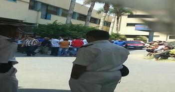 بالصور.. وقفة احتجاجية لعمال المطابع الأميرية للمطالبة بصرف الأرباح السنوية