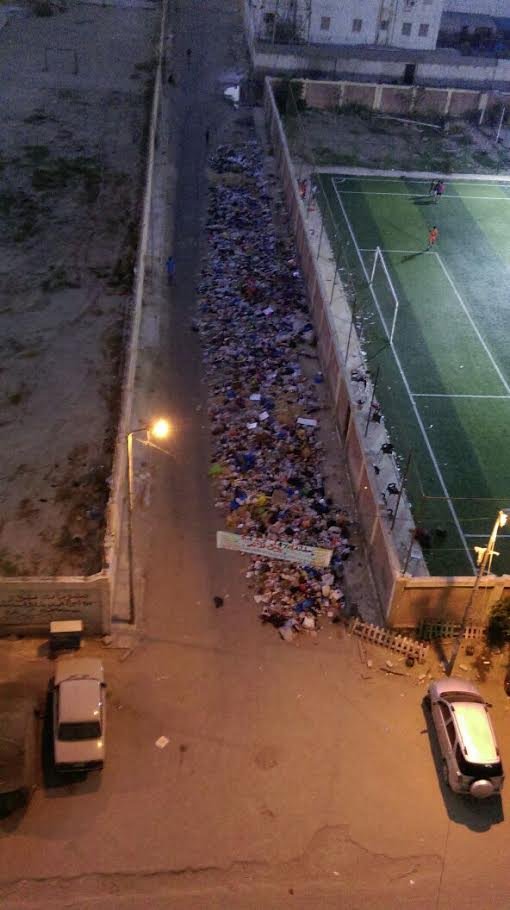 أهالي «طوسون» بالإسكندرية يشكون تراكم القمامة بالشوارع «تسببت في وفاة طفل» (صور)