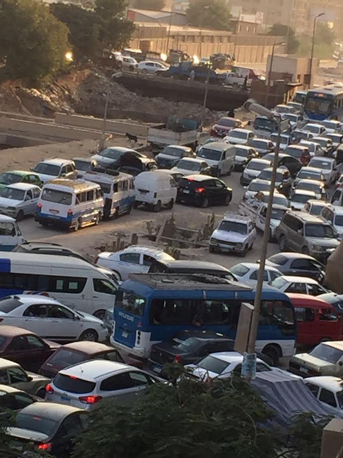 معاناة سكان زهراء المعادي مستمرة ما بين أعمال نفق الأزهر والصرف الصحي «أين المسئولين»(صور)