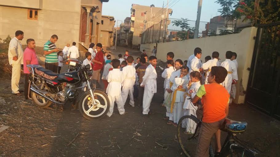 مركز شباب«الزهايرة» بالدقهلية يطرد أطفال بعد خلاف على نسبةالإشتراكات (صور)
