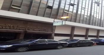 صباح الخير.. الحكومة تهدر كهرباء إنارة شوارع القاهرة بإضائتها نهارًا (صور)