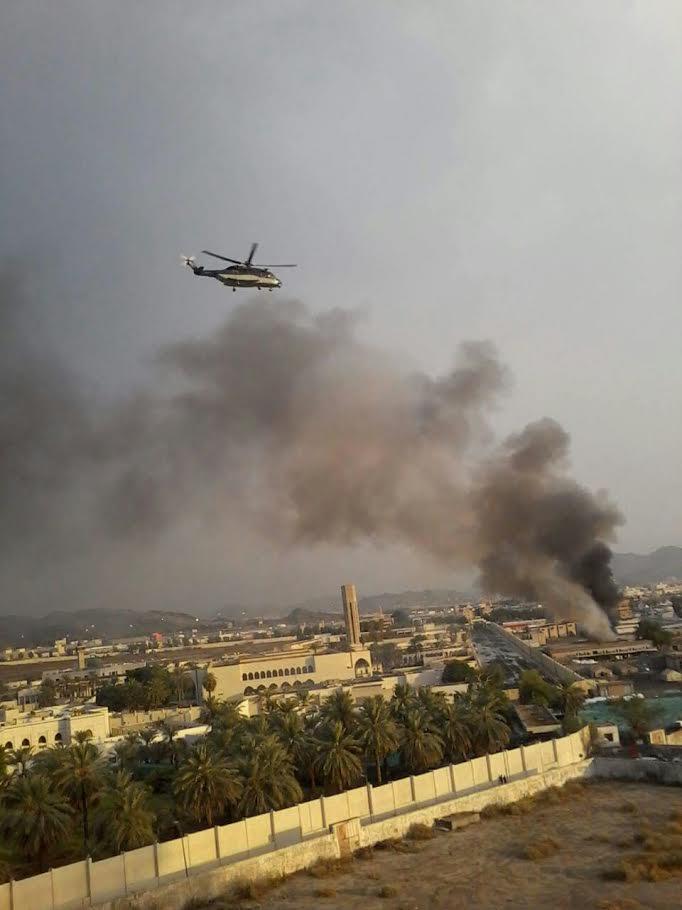 حريق ضخم في مكة المكرمة بسبب السيول وطائرات الإنقاذ تساهم في إخماد النيران (صور وفيديو)