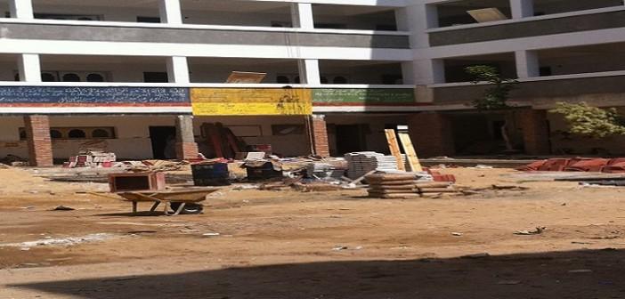 ليست فصول «طائرة» لكنها مدارس كاملة دون مبنى بدمياط: الأزمة روتين وصيانة (صور)