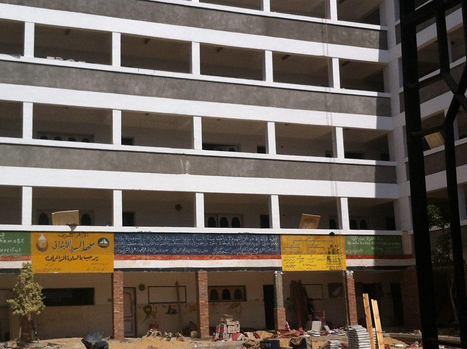 ليست فصول «طائرة» لكنها مدارس كاملة بدمياط: الروتين يعطل إنشاء مبان بديلة والصيانة تكدس الطلاب (صور)