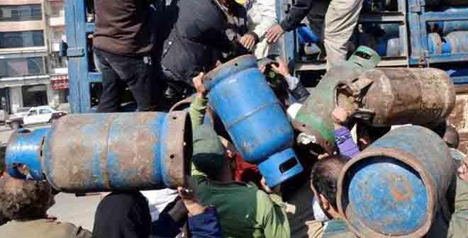 📸 نقص أنابيب الغاز في «أبو غالب» بالجيزة: الحصول عليها «معجزة»