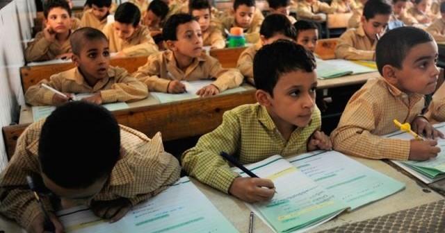 أولياء أمور يطالبون بتوفير معلمين لمدرسة في سنورس بالفيوم