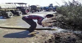 قرى بالشرقية تعاني من غياب شبكة للصرف الصحي