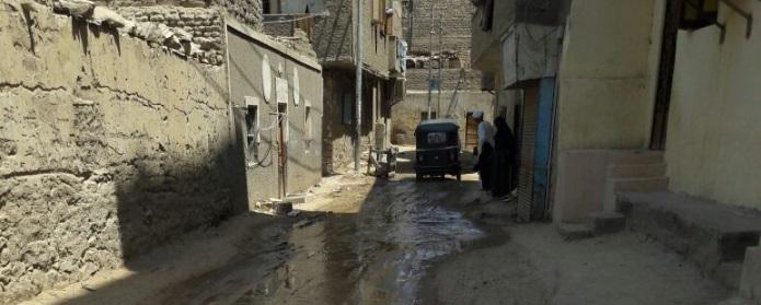 📸أهالي «السماد» بأسوان يطالبون بحل أزمة طفح الصرف الصحي