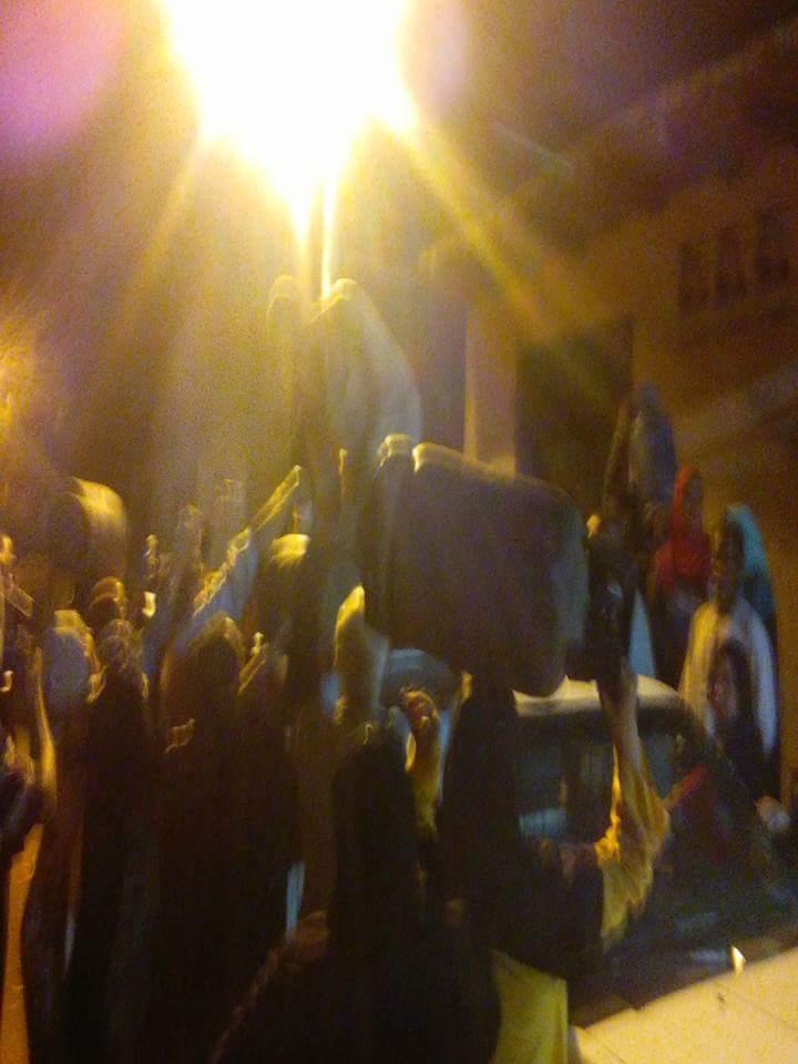 صور.. نقص أنابيب البوتاجاز في «أبو غالب» بالجيزة: الحصول عليها «معجزة»