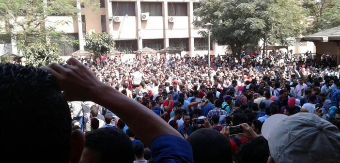 ▶️طلاب «معادلة هندسة»: أمن جامعة القاهرة اعتدى علينا لرفضنا تغير جدول الامتحانات