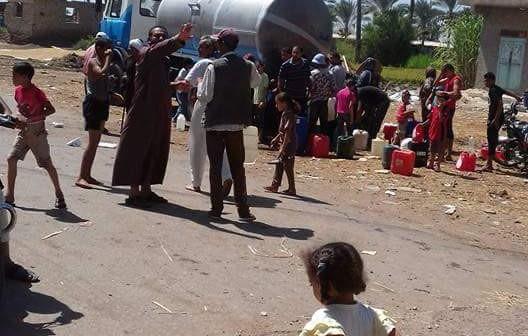 📸«النواصرية» عطشانة.. ومسؤولو دمياط غائبون عن أزمة المياه بالعزبة