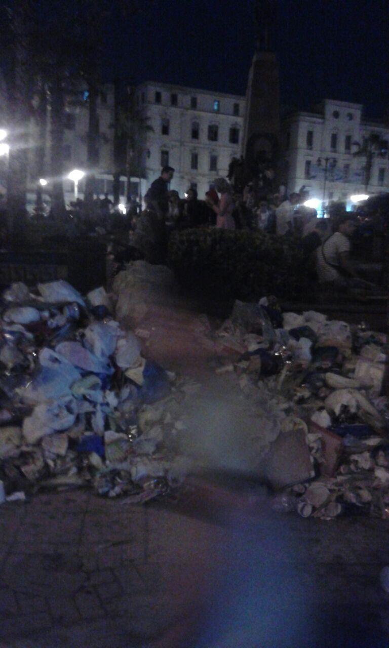 تراكم القمامة بمحطة الرمل بالإسكندرية (صور)