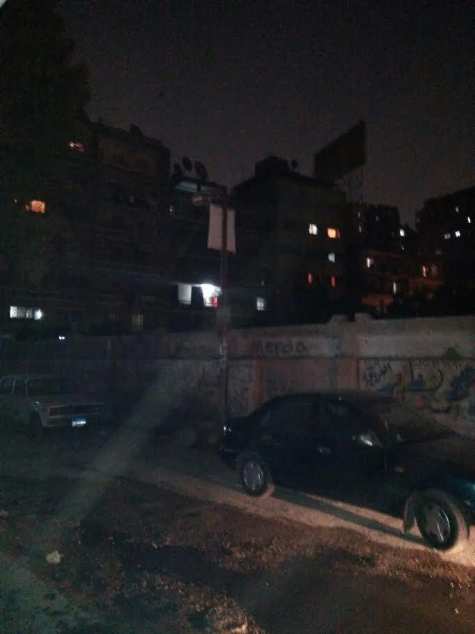 غر ق شارع «أحمد بسيوني» بحدائق القبة بمياه الصرف الصحي(صور)