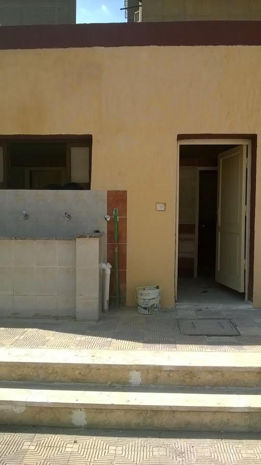 معلمين يطالبون بالعودة لمدرسة مصطفى كامل بعابدين بعد انتهاء الترميمات (صور)