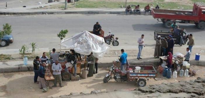 سكان التجمع الأول يشكون انتشار الفوضى والعشوائية بـ«ميدان الشباب» (صور)