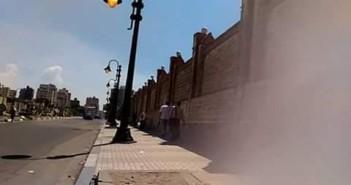 إضاءة أعمدة الإنارة نهاراً أمام المنطقة الشمالية العسكرية بالإسكندرية (صورة)