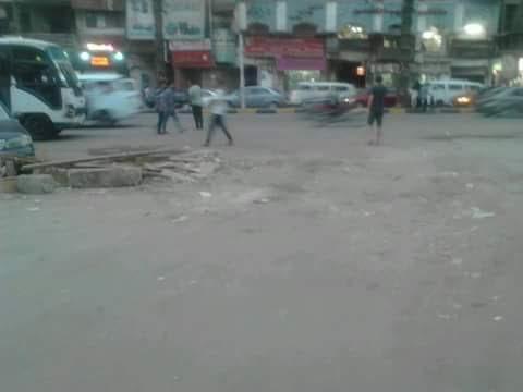 استياء بين سكان «سهل حمزة» بالجيزة بسبب إغلاق الشارع من قبل أصحاب المقاهي (صور)