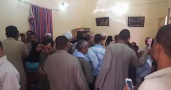 استياء بين مواطني مركز «طما» بسبب تأخر صرف حصص شهر سبتمبر من التموين (صور)
