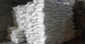 ضبط 35 طن سكر بمخزن في العامرية بمحافظة الإسكندرية (صور)