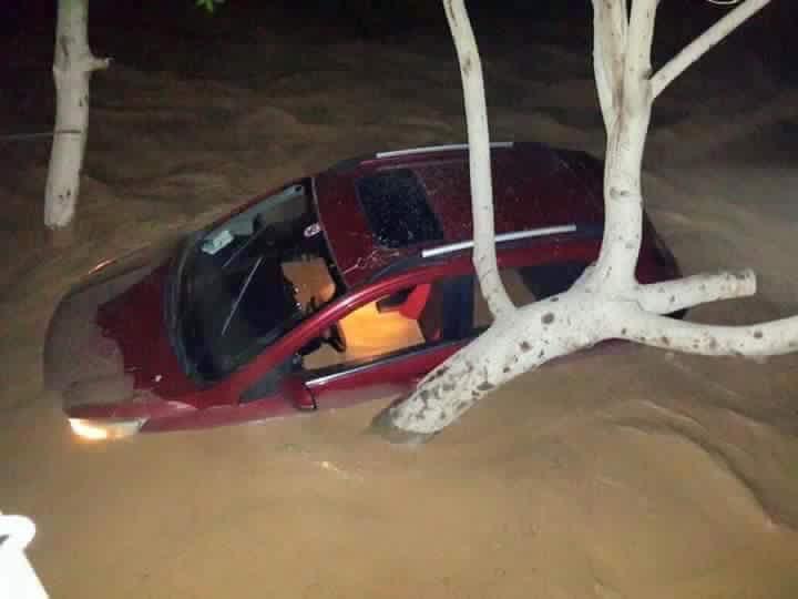تواصل أزمة السيول في «رأس غارب» بالبحر الأحمر (صور)