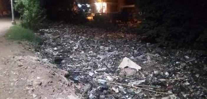 مطالب بتطهير ترعة في قليوب بعد تحولها لمقلب القمامة: تخدم 6 قرى (صور)