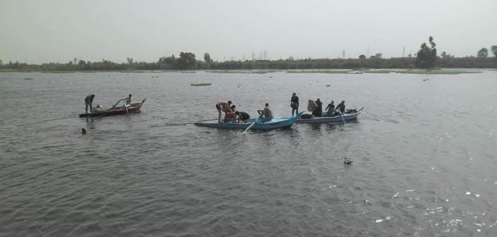 بالصور.. تعديات على نهر النيل بكفر الشيخ.. وأهالي: تتم بمعدات حكومية