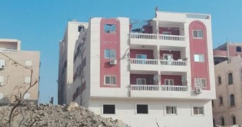 مواطنون يشكون إهمال جهاز مدينة «الشيخ زايد» في هدم الطوابق المخالفة
