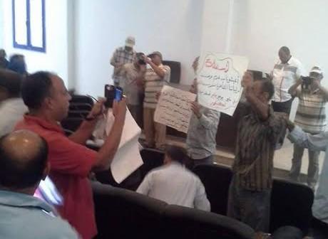 أعضاء البعثة التعليمية بالسودان يطالبون بصرف رواتبهم المتأخرة (صور)