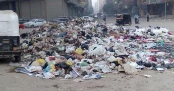 غضب بين سكان مدينة «عمر بن الخطاب» بشبرا من انتشار القمامة (صور)