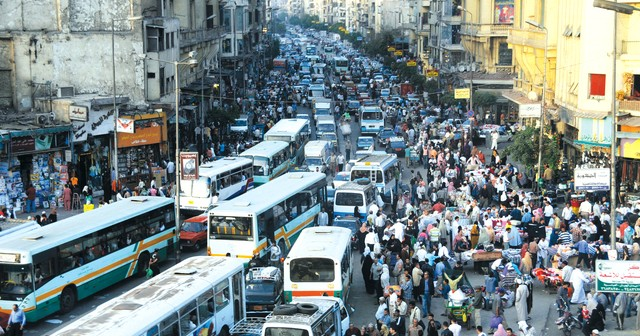 بعد شكوى مواطن.. «الإسكان»: نعمل على توفير مواصلات عامة من شبرا للشيخ زايد