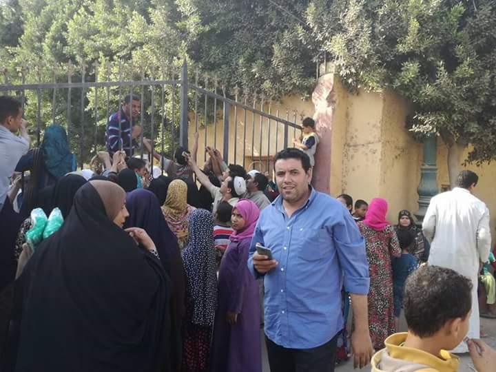 غضب أهالي «أبو إسماعيل» بالجيزة من تجاهل أزمة السكر والخدمات الأساسية