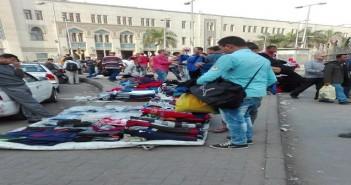 عودة الباعة الجائلين من سوق الترجمان لميدان رمسيس بعد قرابة عامين على إخلائه (صور)