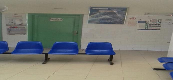 ذهب للوحدة الصحية فوجدها «مهجورة».. مواطن يفشل في العثور عَ اللبن المدعم (صور)