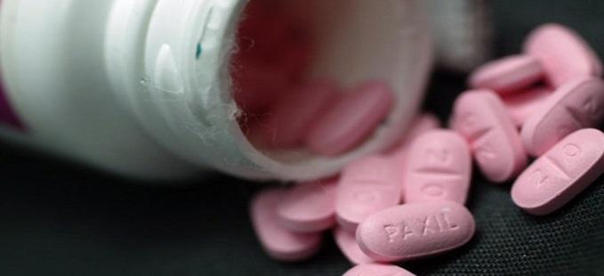 مواطنون يشكون اختفاء الأدوية وارتفاع ثمنها.. عقاقير الفشل الكلوي مثالا