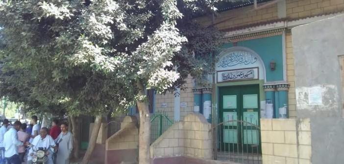 أهالي «وردان» يطالبون «الأوقاف» بإعادة فتح مسجد القرية المُغلق منذ 3 شهور (صور)