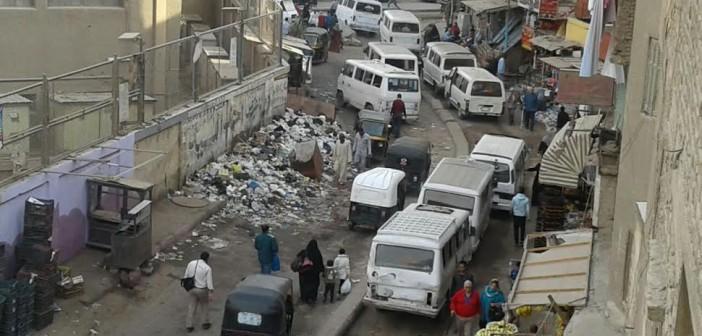 مطالب برفع القمامة من أمام مترو فيصل (صور)