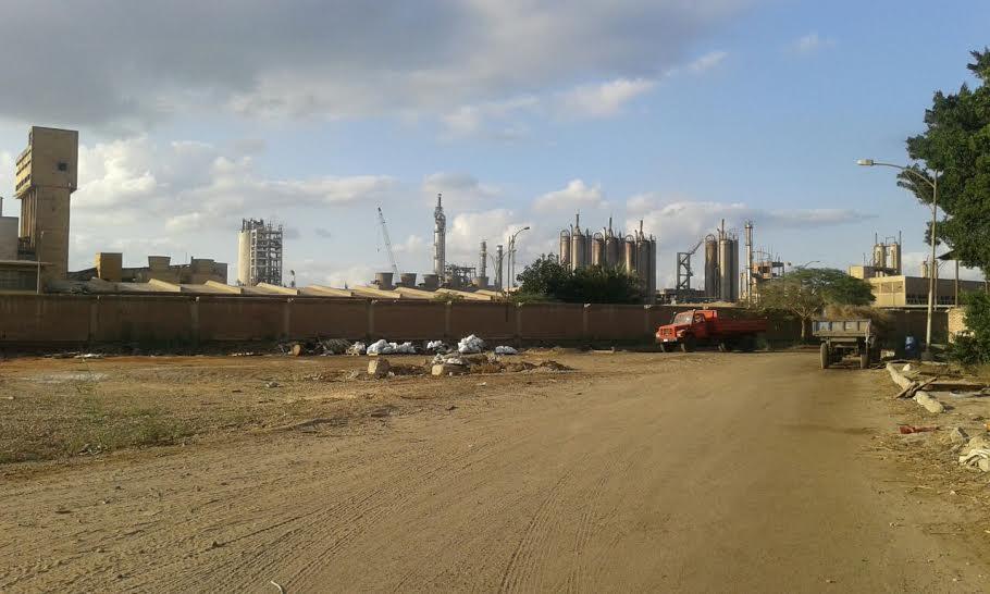مطالب بتدخل الدولة لإعادة العمل بمصانع الدلتا للأسمدة المتوقفة منذ أسابيع (صور)