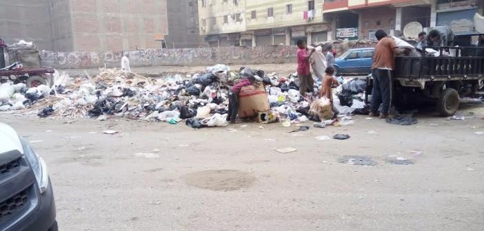 سكان في الطالبية يجددون شكواهم من تفاقم أزمة القمامة (صور)