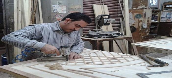 «صباح الخير يا ورشة…»| ملامح معاناة صناعة الأثاث بدمياط بسبب غلاء الخامات (صور)