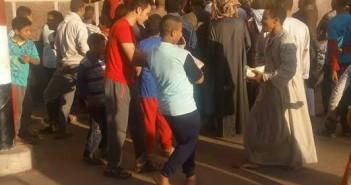 مواطن يشكو سوء توزيع السكر بقرية «أولاد حمزة»: المواطن 2 كيلو والموظف الضعف (صور)