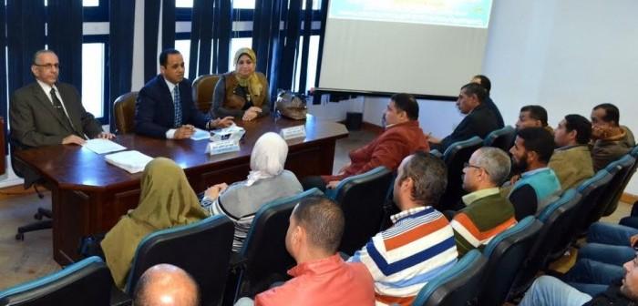 رئيس جامعة دمنهور يفتتح دورة السلامة والصحة المهنية