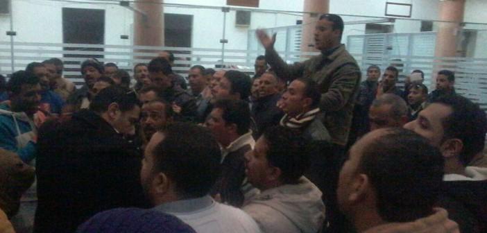 مئات في «مصر الجديدة للإسكان» يتظاهرون ضد «تسريح» 600 عامل (فيديو وصور)